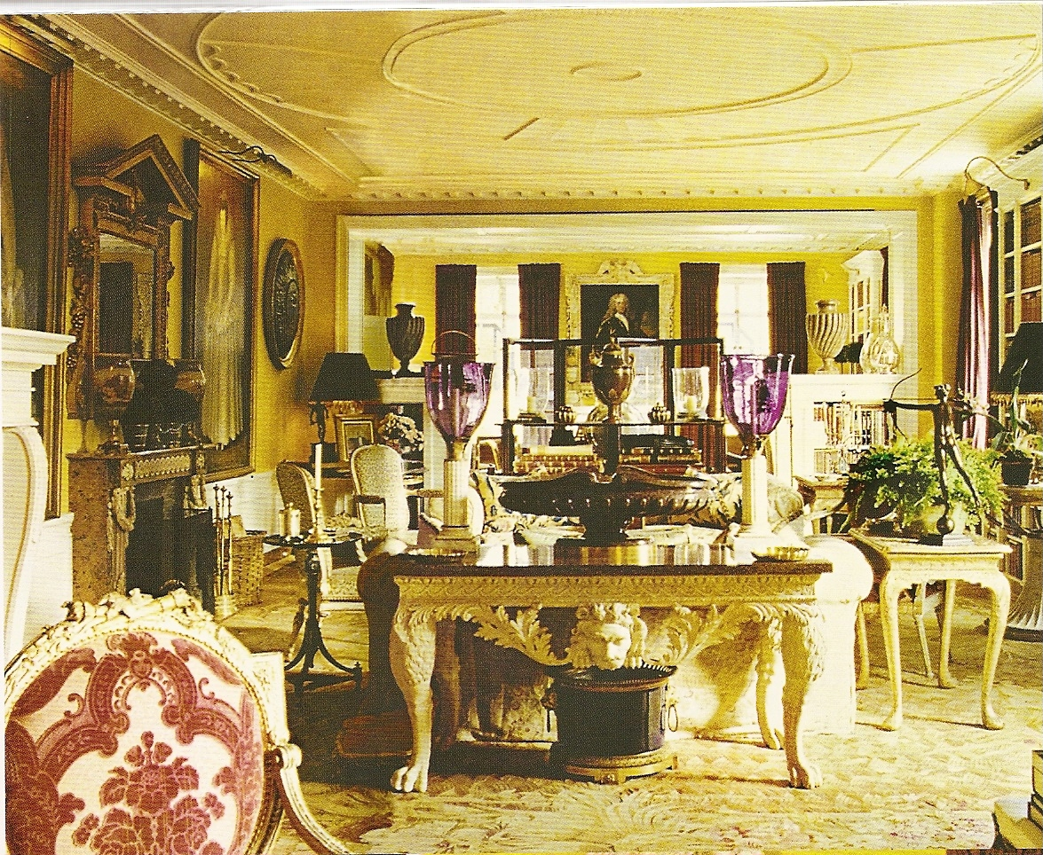 Oscar and Annette de la Renta's Home