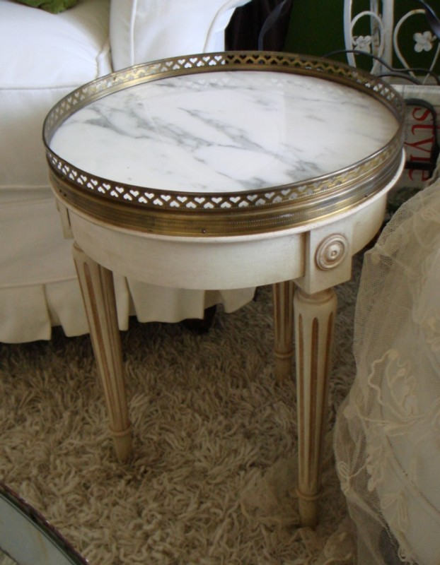 French antique cream wgilt hightlight marble sidetable 233x300 french