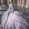 teen queen 01 114203677211 100x100 Marie Antoinette Behind the Scences For Vogue Magazine