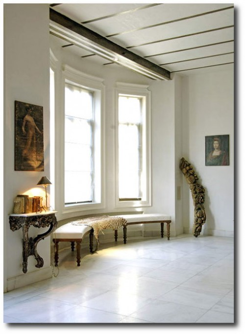 Asli Tuncas House in İstanbul 4 500x681 White and Cream French Furniture
