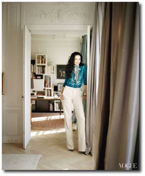 LWren Scotts Paris Apartment Vogue May 2012 500x605 How to Add Color Into Your Home With Confidence