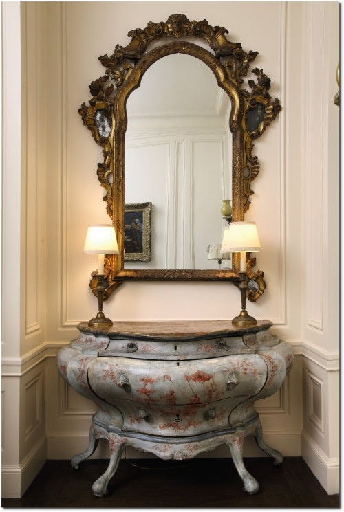 ItalianRococoBlueandRosePaintedCommode Dodie Rosekrans 500x745 Designer Hutton Wilkinsons 4 Tips For A Unforgettable Home