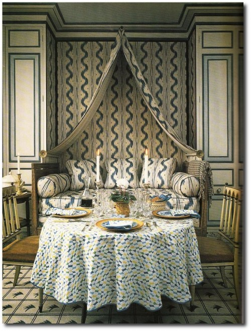 John Fowler and Nancy Lancaster. Pierre Frey Toile de Nantes. 500x659 A Little Bit Of Provence In Your Home