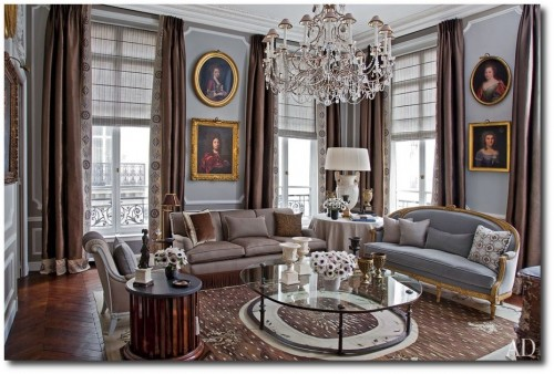 item3.rendition.slideshowWideHorizontal.jean louis deniot 04 living room 500x338 Decorator Jean Louis Deniot  French Interiors, French Furniture, Paint Finishes, French Paneling, French Chairs