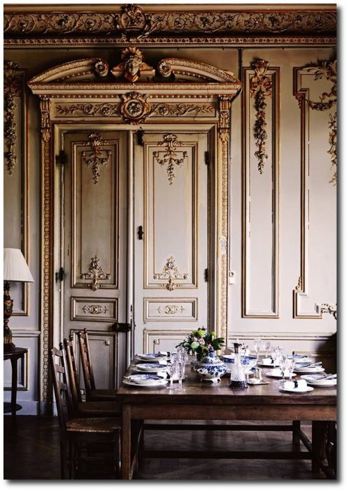 Jane Webster Normandy chateau Vogue November December 2013 Photograph by Sharyn Cairns. 500x705 Decorating With Dark Brown  French Styling