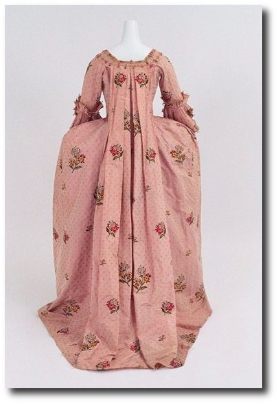 1760 70 Pink Gown 2 Mantua Court Gowns