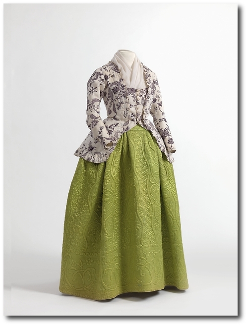 Caraco and quilted petticoat 1770 90 Mantua Court Gowns